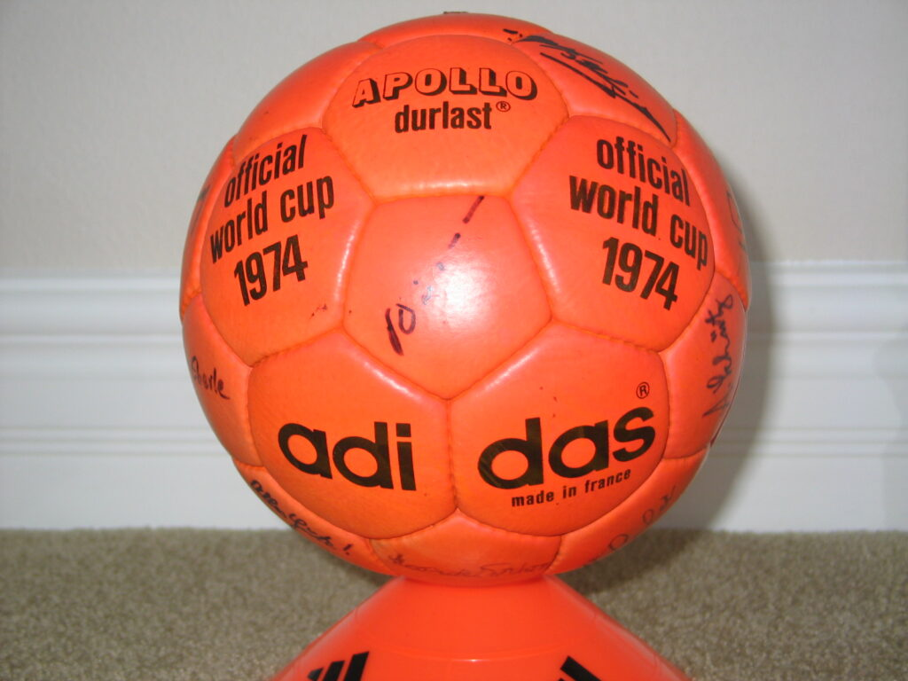 Super-Lux-Adidas Official World Cup 1974 Durlast Soccer Ball