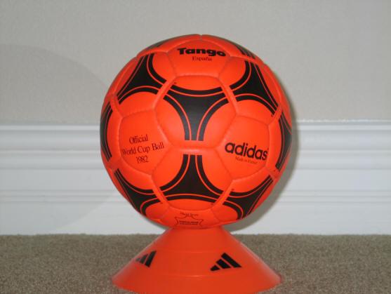 Orange ball Official World Cup 1982 Tango Espana Soccer Ball