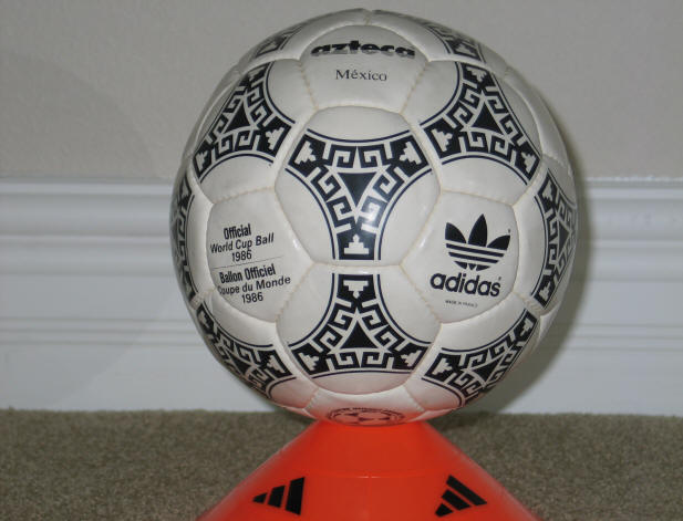1986 World Cup Balll black -1 Official World Cup 1986 Azteca Soccer Ball