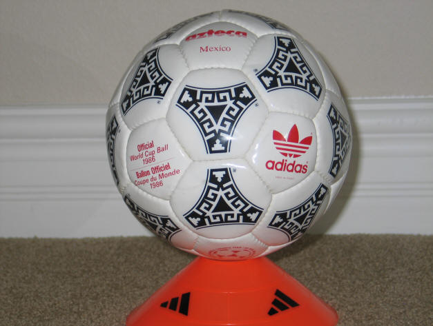 1986 World Cup Balll red Official World Cup 1986 Azteca Soccer Ball