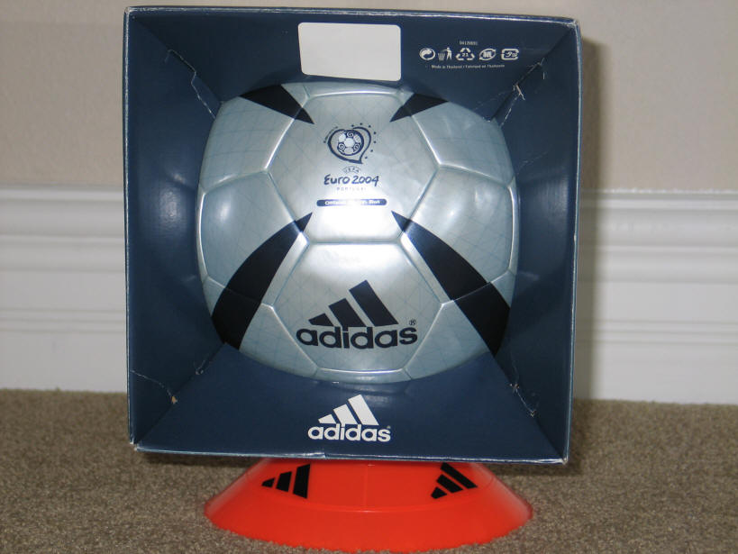 2004 Roteiro Euro Matchball -1 Roteiro UEFA EURO 2004 Match Ball