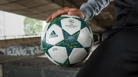 Champions League Ball 2016-2017_A UEFA Champions League 2016-2017