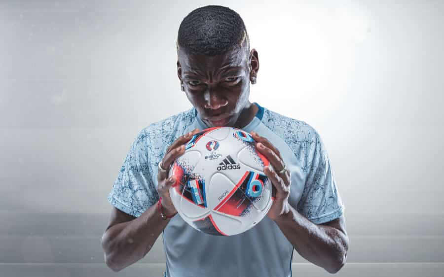 Euro_Facas 2016_3 Pogba Fracus UEFA EURO 2016 Match Ball Knock Out Stage