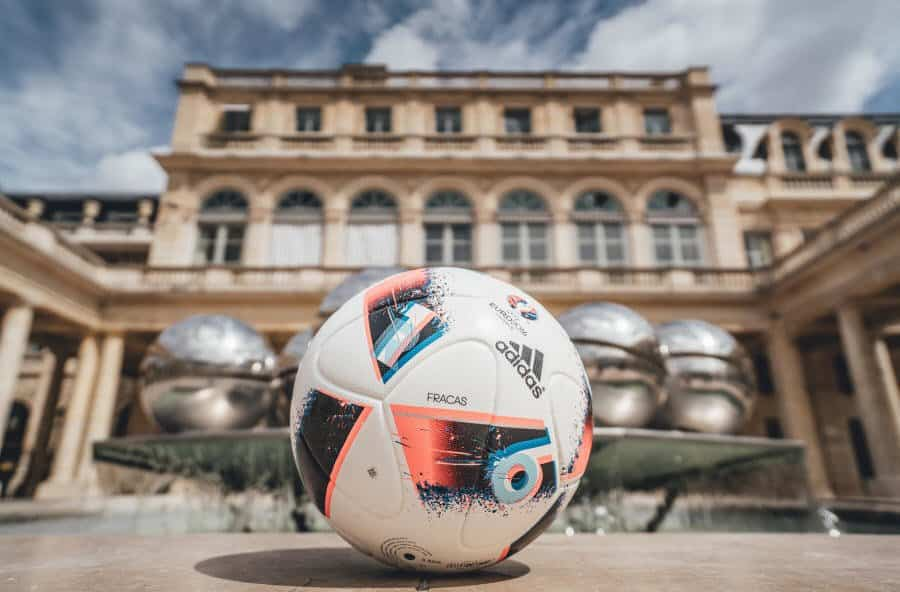 Euro_Facas 2016_9 Adidas unveils Fracas, the Official Match Ball of UEFA Euro 2016TM Knock-Out Phase