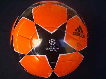 Powerorange_2006_finale_B Champions League Balls