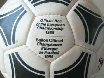 Tang Europa3 1988 Official Ball of the European Championships - Tango Europa