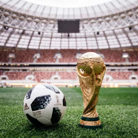 Telstar 18 Ball_18 and Trophy Official Match Ball - 2018 World Cup Telstar 18 Soccer Ball (Football)