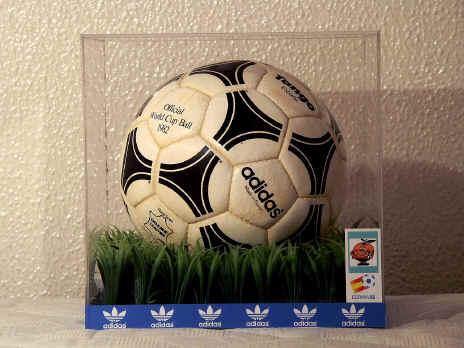 Official World Cup 1982 Tango Espana Soccer Ball