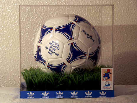 WC Tricolore 1998 Official World Cup 1998 Tricolore Soccer Ball